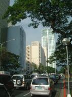 Asisbiz Manila Skyline Paseo de Roxas to Rockwell May 2005 06