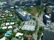 Asisbiz Paseo de Roxas Makati Ave Ayala Triangle Park May 2005 02