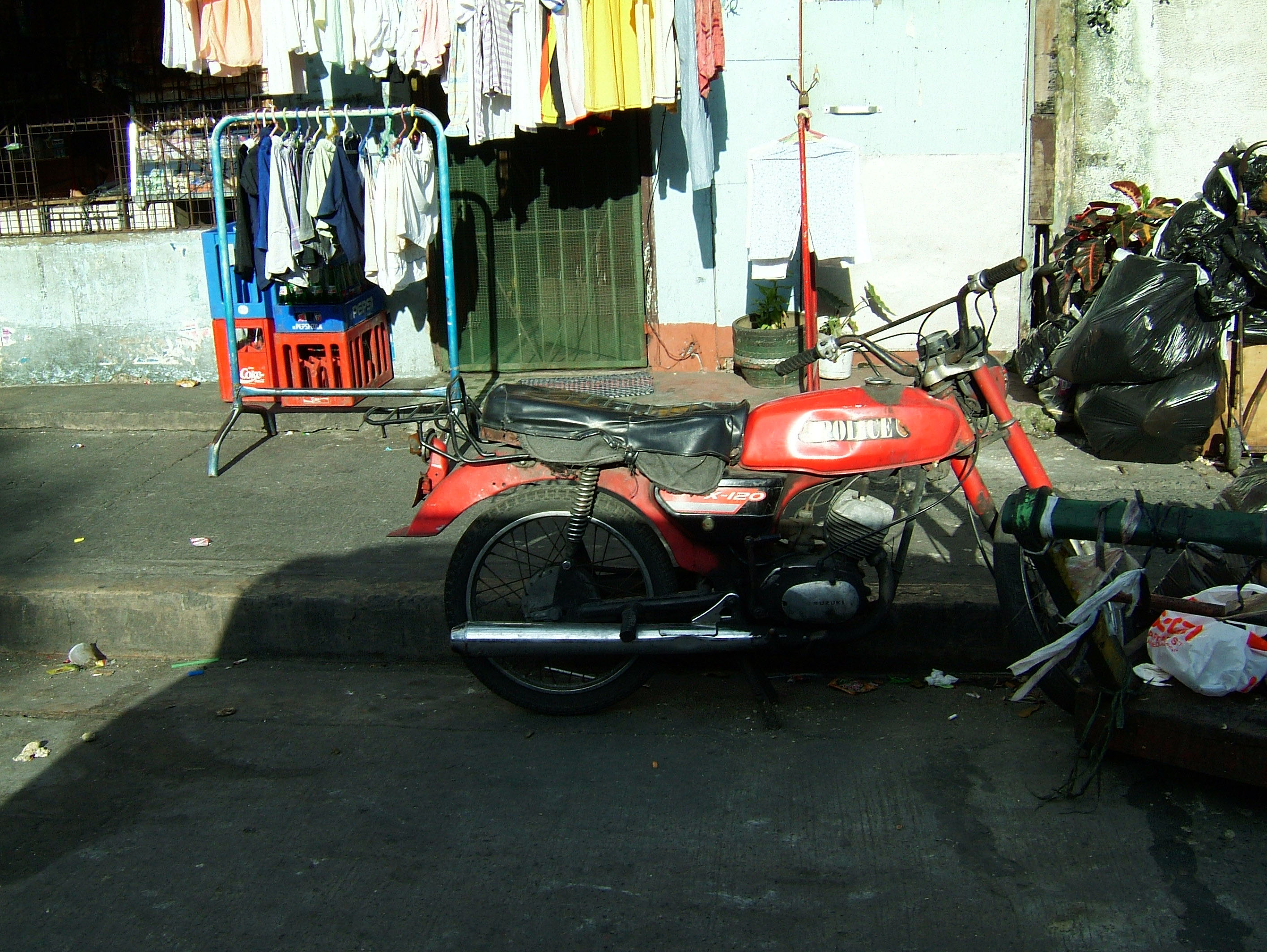 Philippines Luzon Manila Malate Area Street Scenes Dec 2003 01