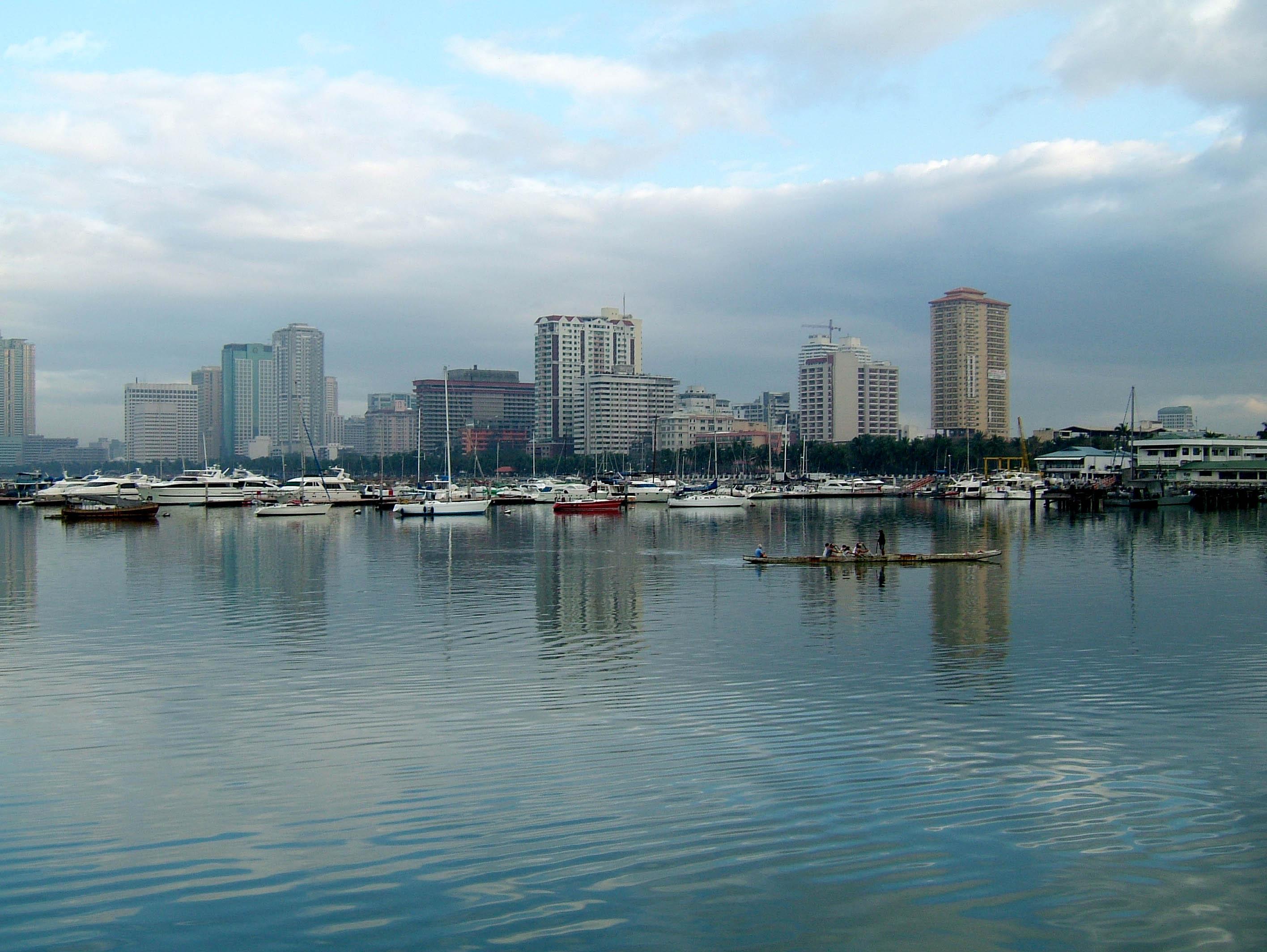 Philippines Manila South Harbor Manila and Roxas Blvd 02