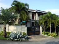 Asisbiz Philippines Manila Muntinlupa Ayala Alabang Homes 2008 01