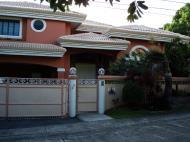 Asisbiz Philippines Manila Muntinlupa Ayala Alabang Homes 2008 12