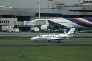 Asisbiz Philippines Ninoy Aquino Airport NAIA US embassy jet 80006 Feb 2009 01