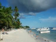 Asisbiz Philippines Central Visayas Bohol Panglao Island Beach scenes Dec 2005 02