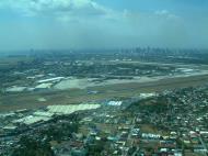 Asisbiz Philippine Airports Luzon Manila Airport 200303 01