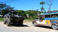 Asisbiz Philippines Puerto Garlera amry vehicle 2006 02