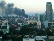 Asisbiz Philippines Roxas Triangle Makati Rockwell warehouse fire Dec 26 2004 02