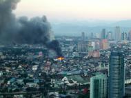 Asisbiz Philippines Roxas Triangle Makati Rockwell warehouse fire Dec 26 2004 04