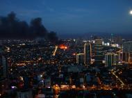 Asisbiz Philippines Roxas Triangle Makati Rockwell warehouse fire Dec 26 2004 12