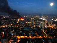 Asisbiz Philippines Roxas Triangle Makati Rockwell warehouse fire Dec 26 2004 16