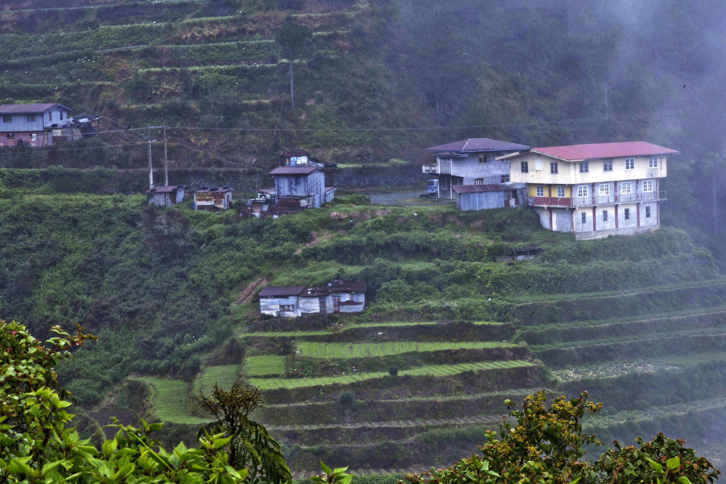 Local towns and villages along the Kabayan Rd Halsema Highway from Baguio to Sagada Aug 2011 01