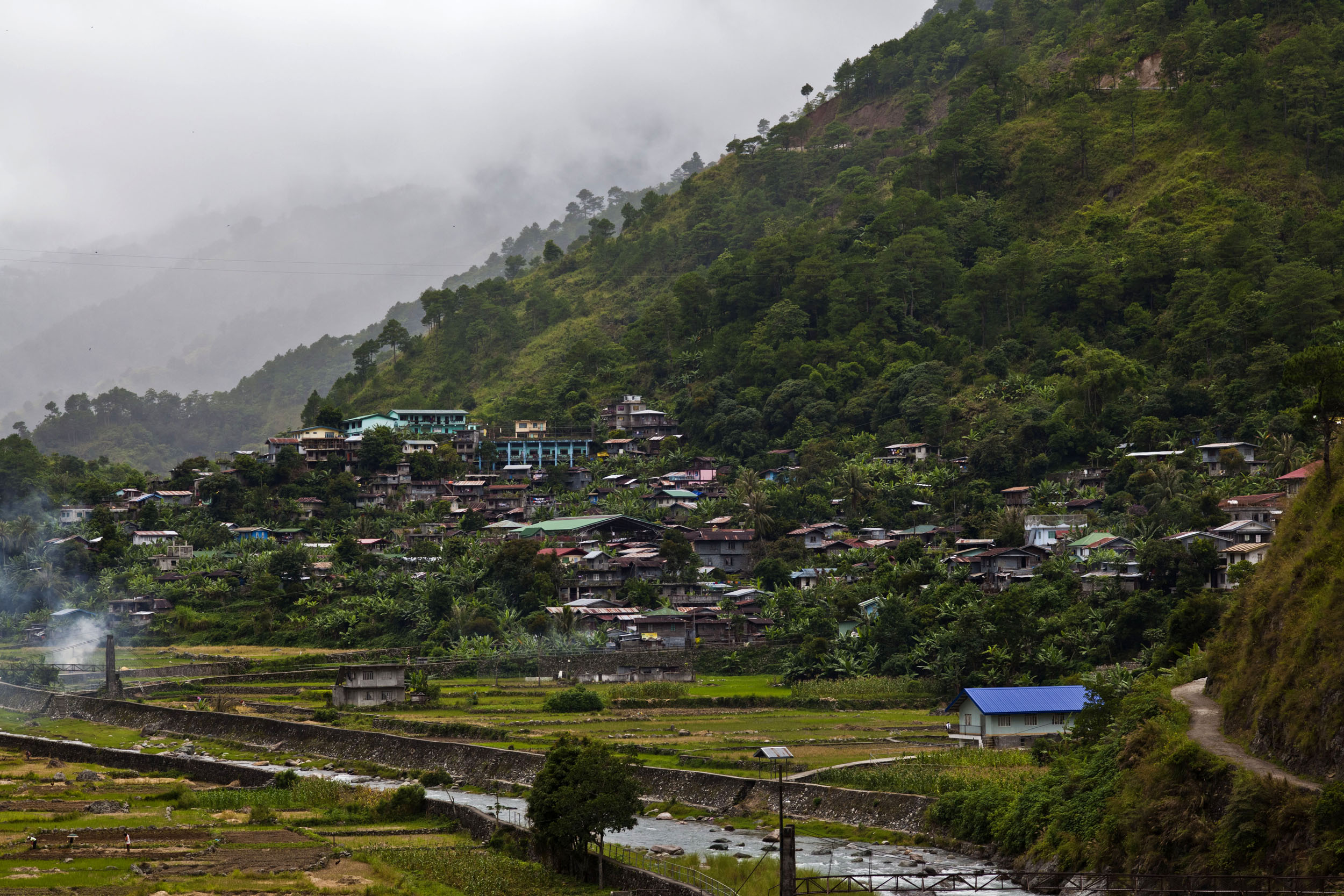 Local towns and villages along the Kabayan Rd Halsema Highway from Baguio to Sagada Aug 2011 12