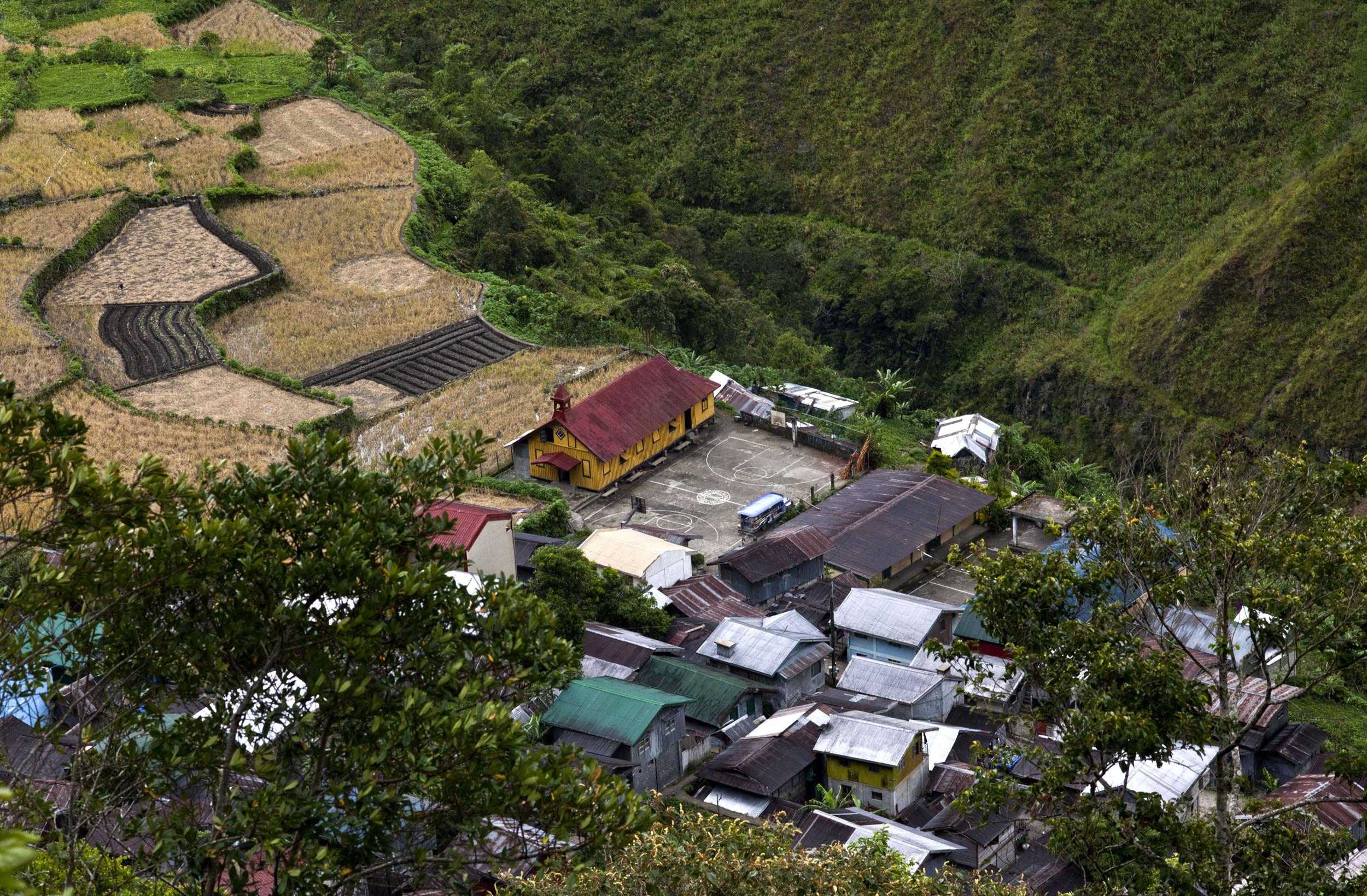 Panoramic views along the Kabayan Rd Halsema Highway from Baguio to Sagada Aug 2011 68