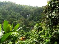 Asisbiz Local tourist hangout Tamaraw Falls Tukuran River Oriental Mindoro Philippines 08