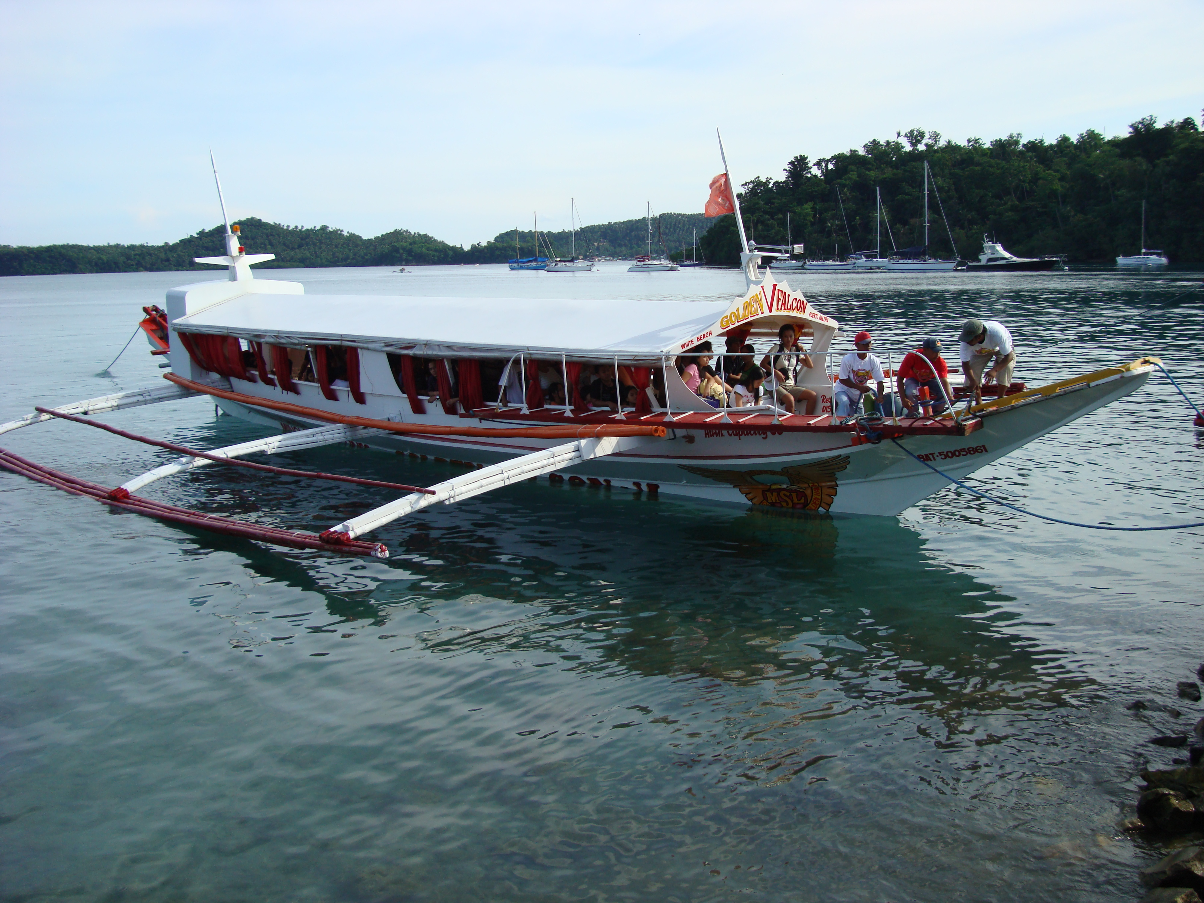 Philippine Bunca MB Golden Falcon V Puerto Galera pier 01