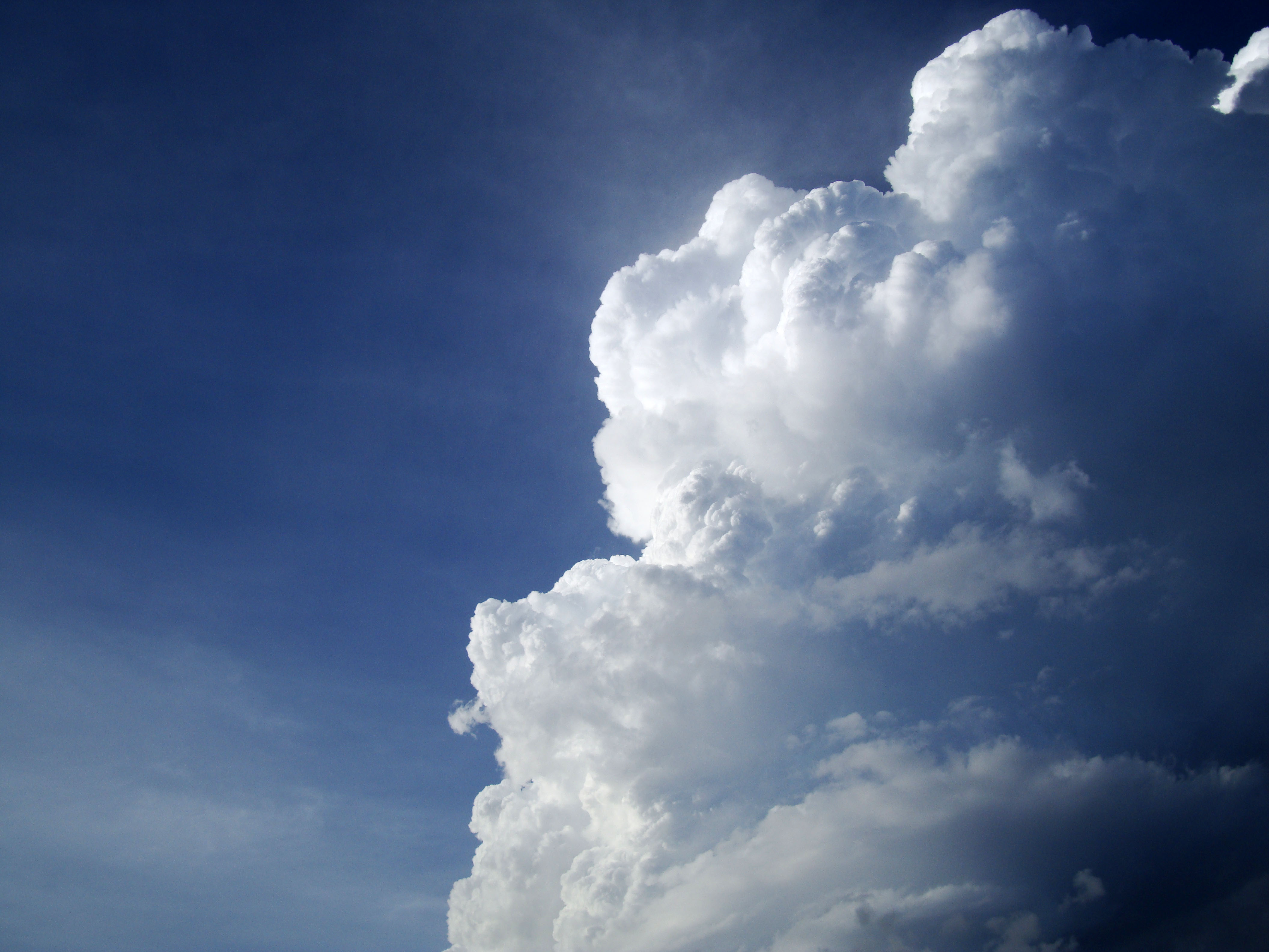 Cumulonimbus Clouds Formations Sky Storms Weather Phenomena 05