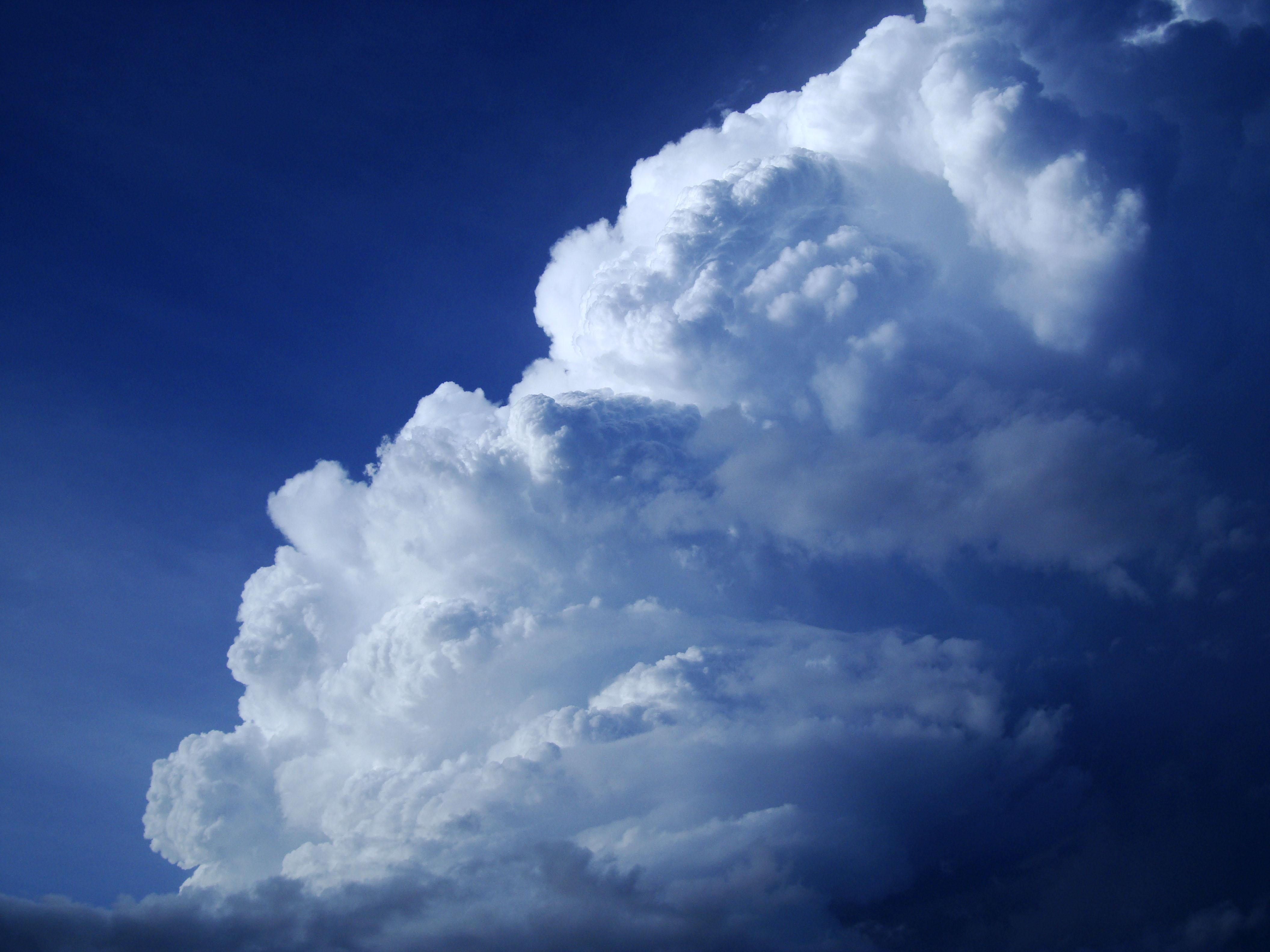 Cumulonimbus Clouds Formations Sky Storms Weather Phenomena 08