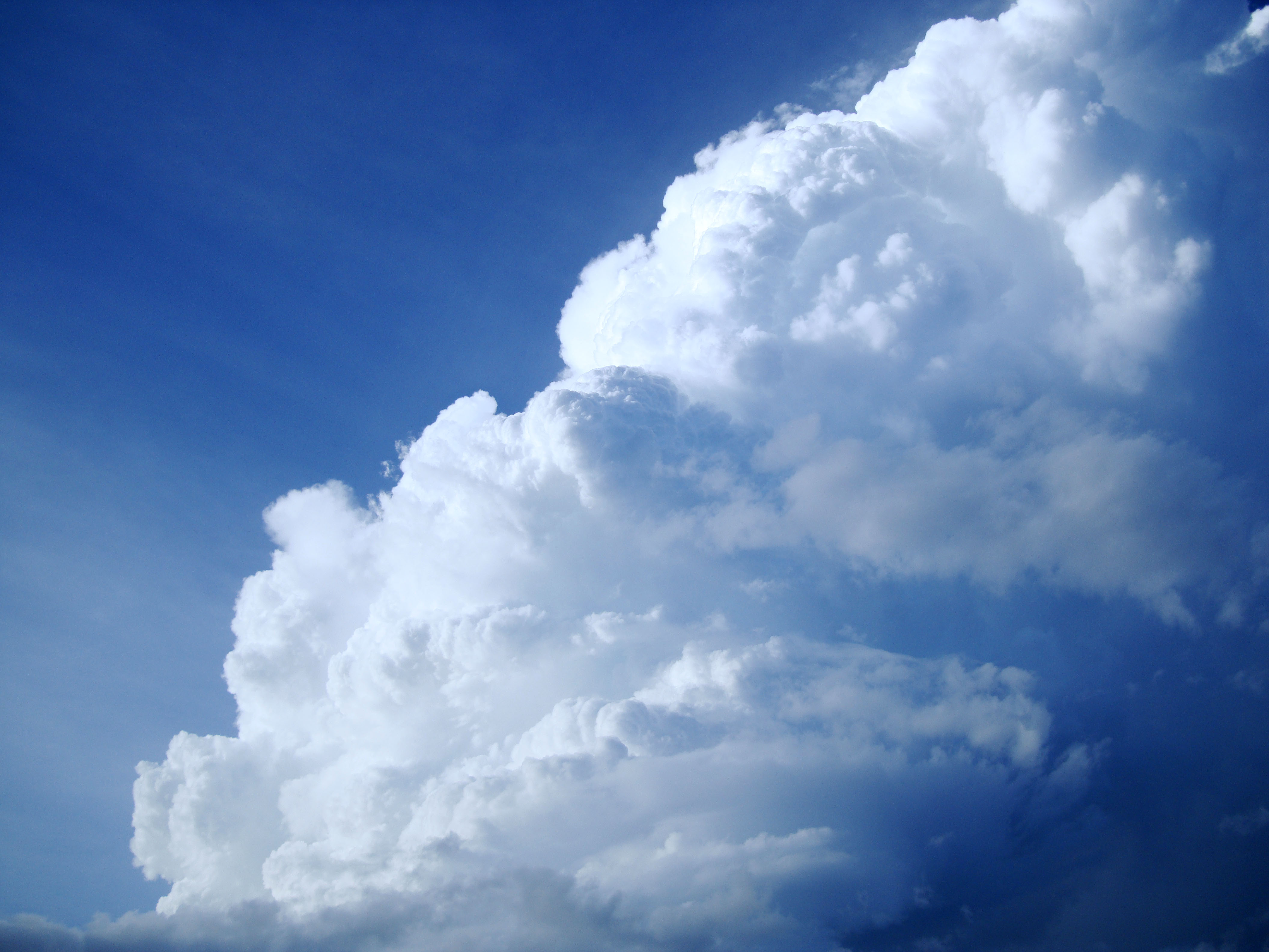 Cumulonimbus Clouds Formations Sky Storms Weather Phenomena 09