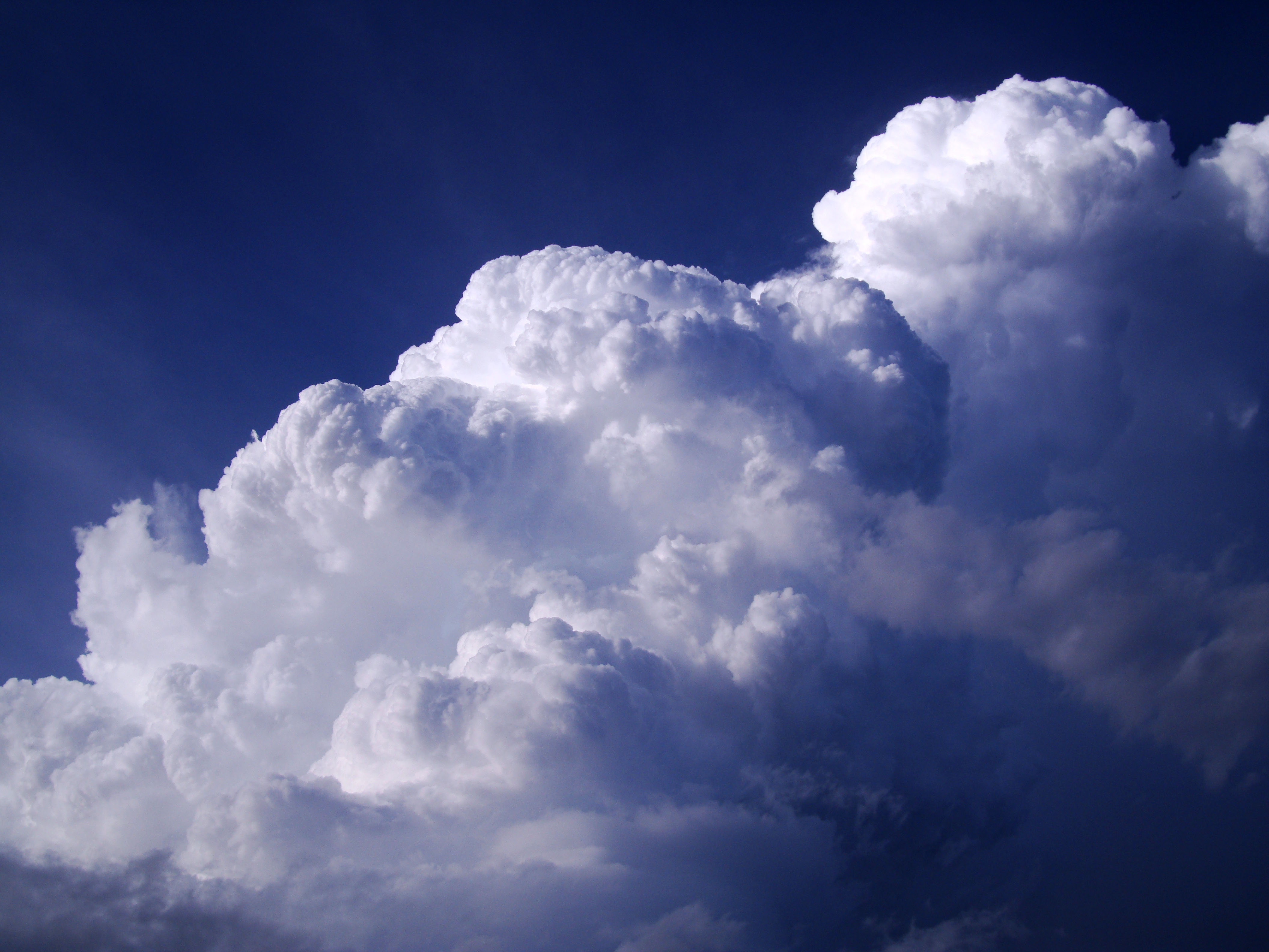 Cumulonimbus Clouds Formations Sky Storms Weather Phenomena 13