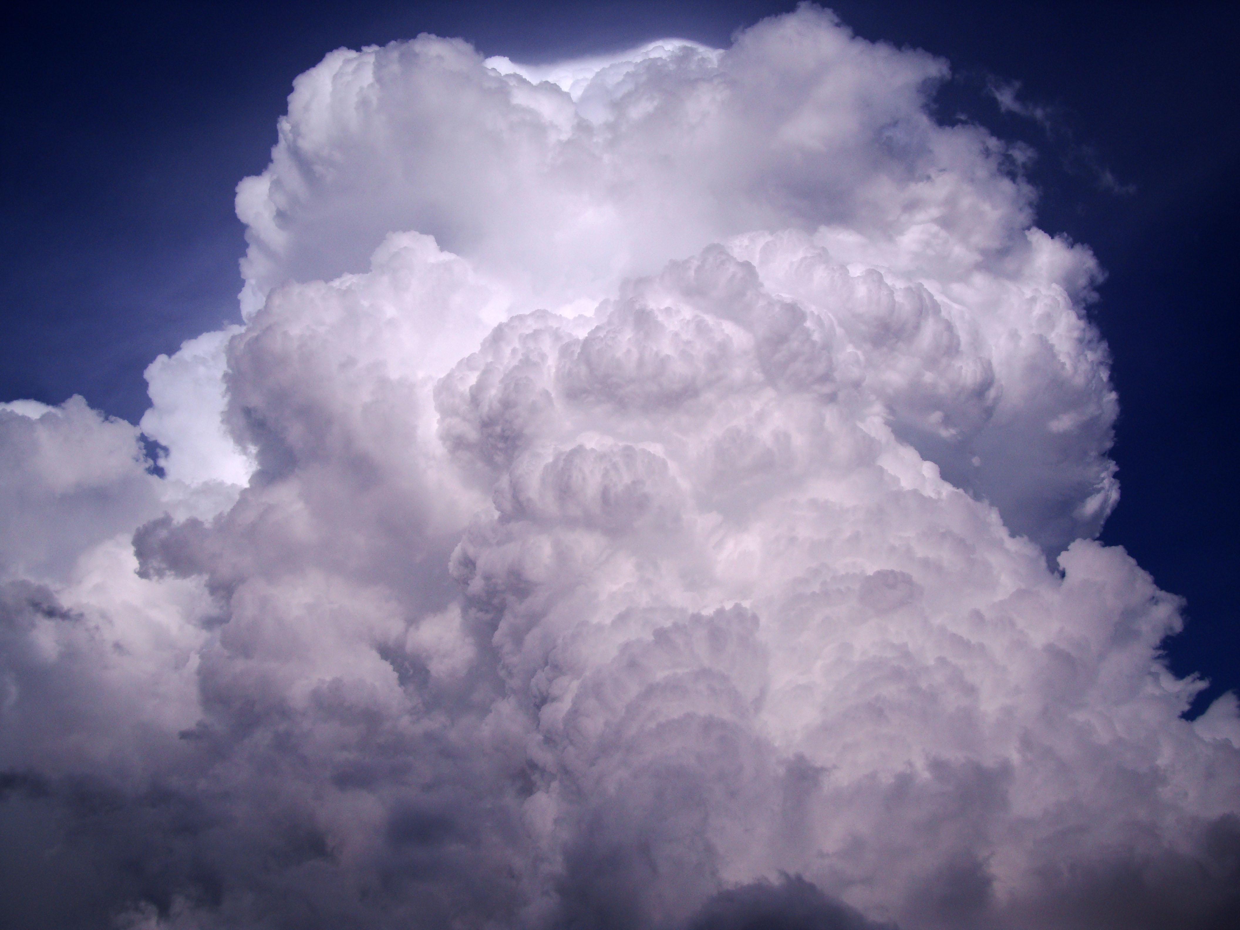 Cumulonimbus Clouds Formations Sky Storms Weather Phenomena 18