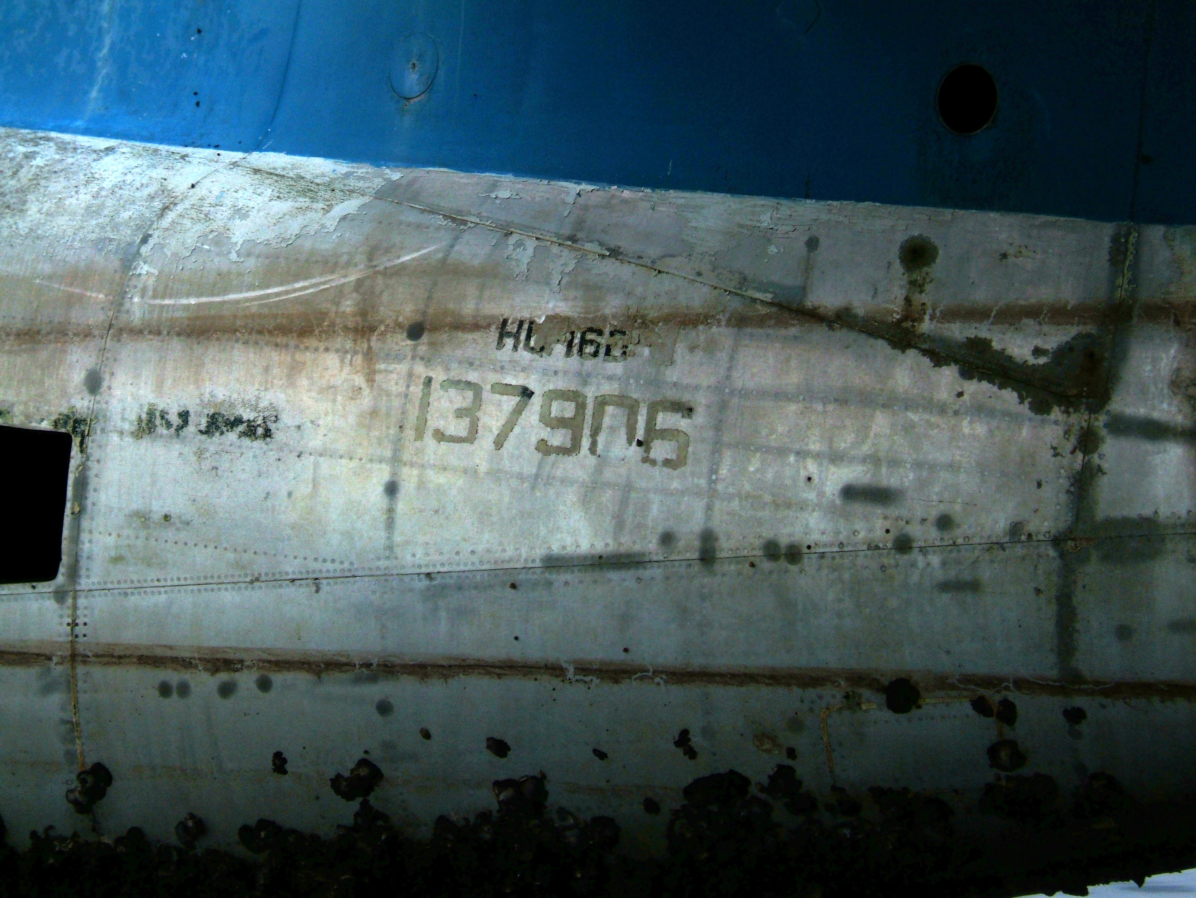 USN Bul No 137906 UF 1 Albatross Philippine AF Coron Bay July 2005 01