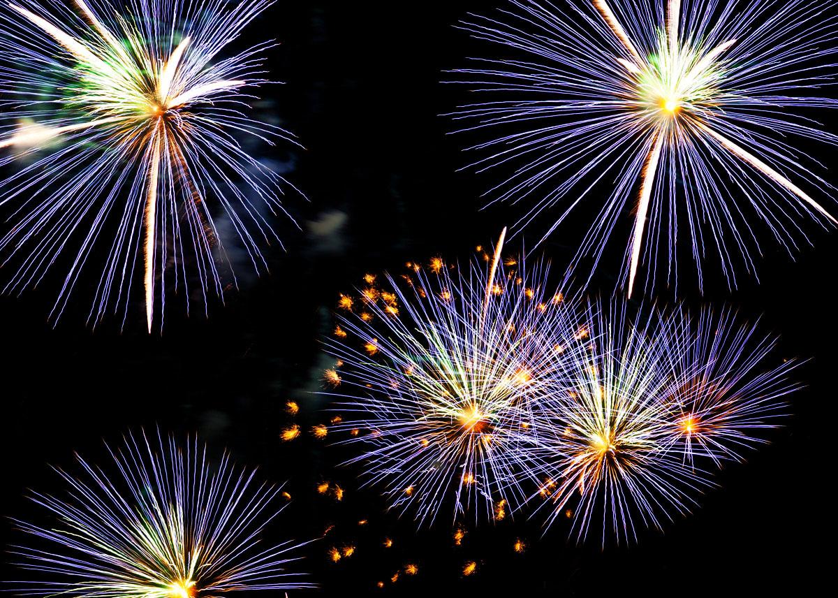 New Year 2011 Fireworks Makati Philippines 024