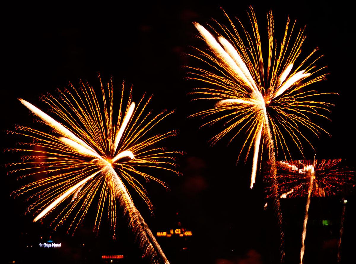 New Year 2011 Fireworks Makati Philippines 037