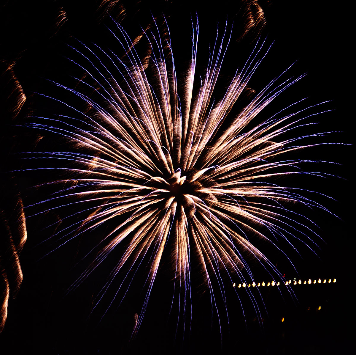 New Year 2011 Fireworks Makati Philippines 062