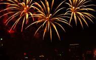 Asisbiz New Year 2011 Fireworks Makati Philippines 022