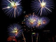 Asisbiz New Year 2011 Fireworks Makati Philippines 023