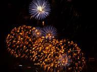 Asisbiz New Year 2011 Fireworks Makati Philippines 029