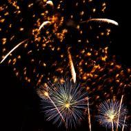 Asisbiz New Year 2011 Fireworks Makati Philippines 032