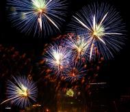 Asisbiz New Year 2011 Fireworks Makati Philippines 035