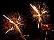 Asisbiz New Year 2011 Fireworks Makati Philippines 037