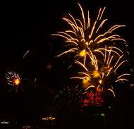 Asisbiz New Year 2011 Fireworks Makati Philippines 042