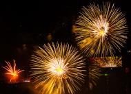 Asisbiz New Year 2011 Fireworks Makati Philippines 043