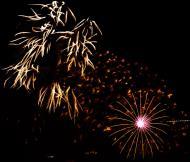Asisbiz New Year 2011 Fireworks Makati Philippines 072