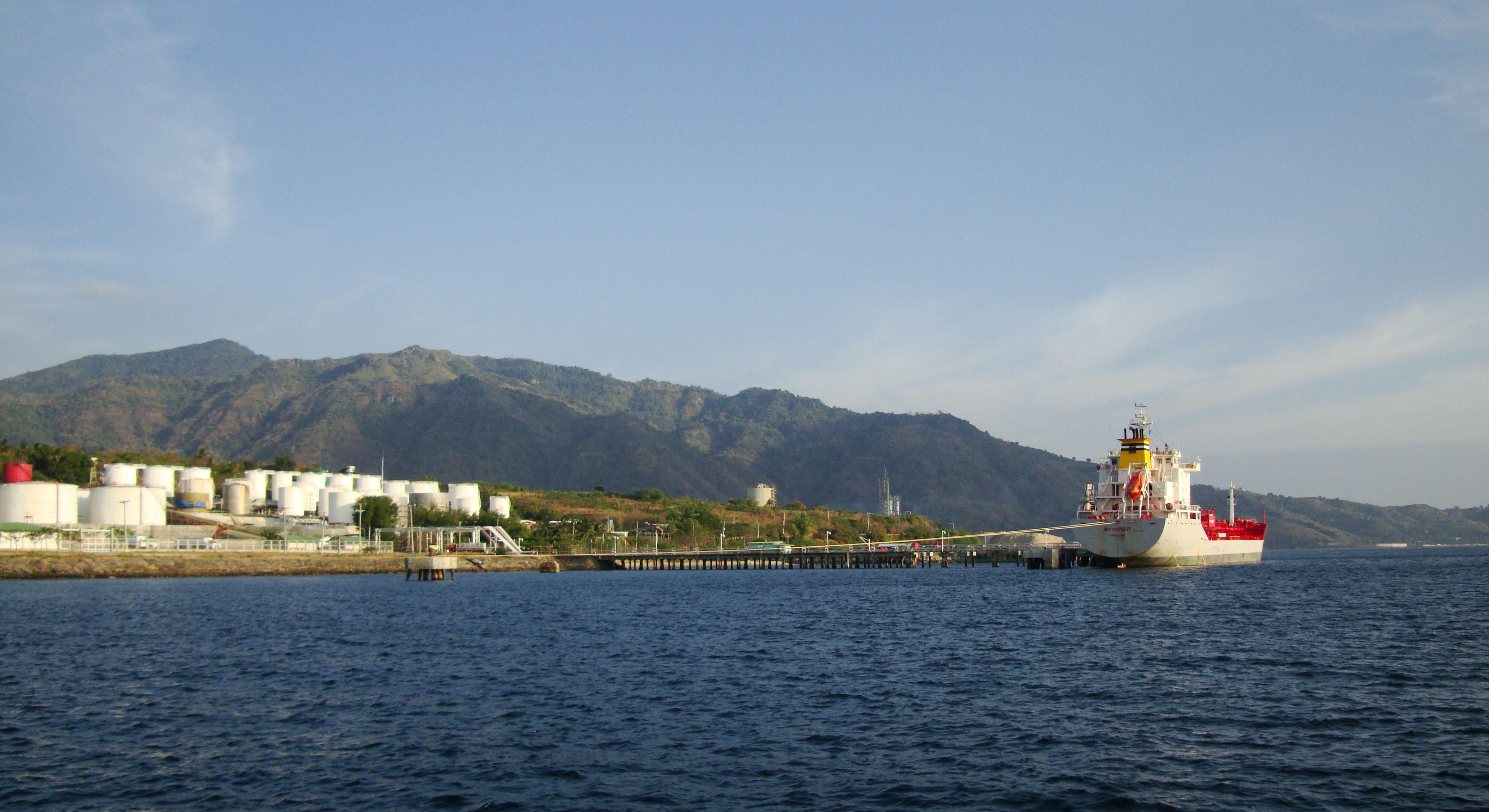 Hong Kong Merchant Vessel MV New Prosperity Batangus Bay Philippines 01