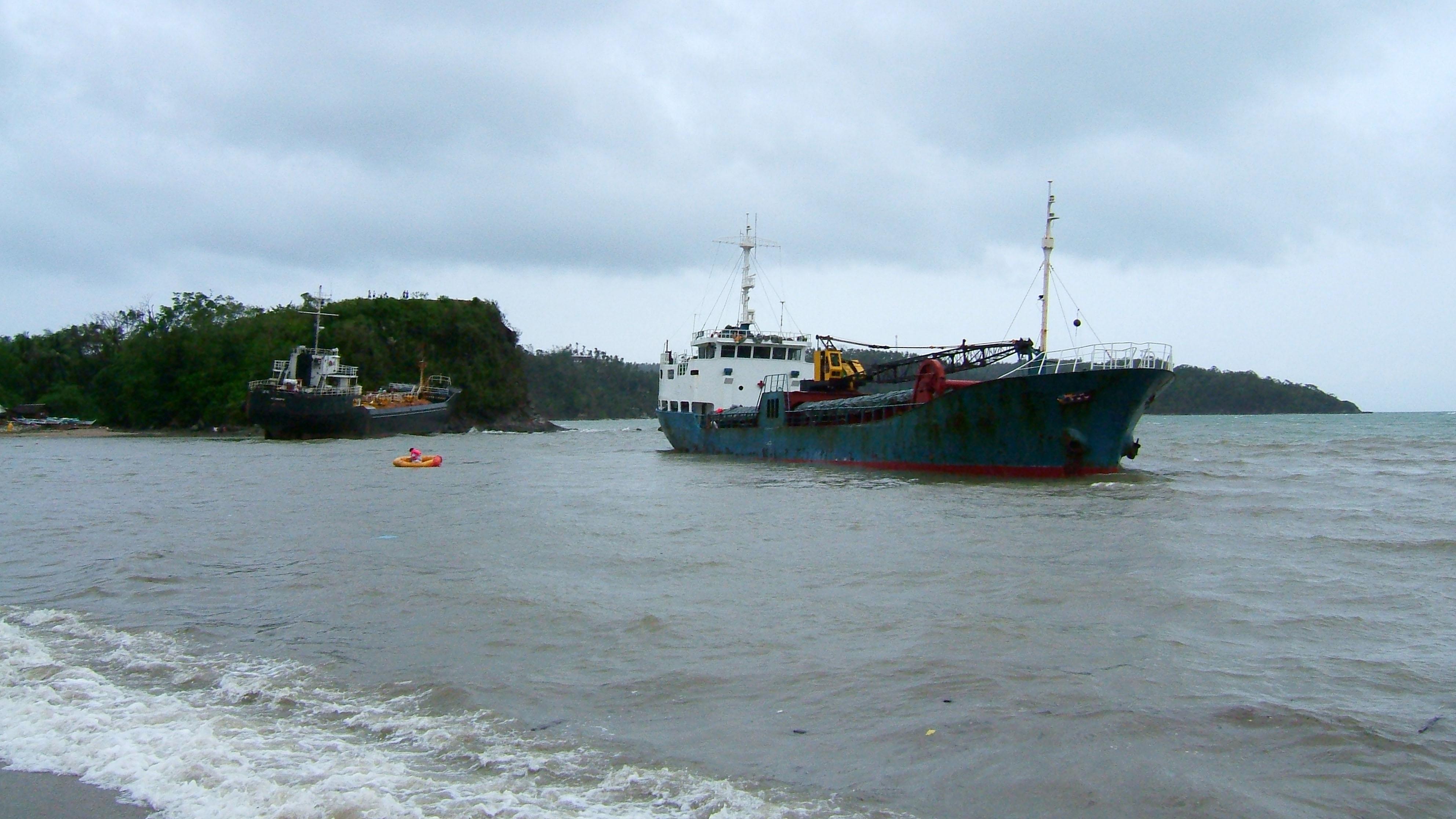 MV MIA Cebu Typhoon Chanchu Poblacion Hundura Beach Varadero Bay 02