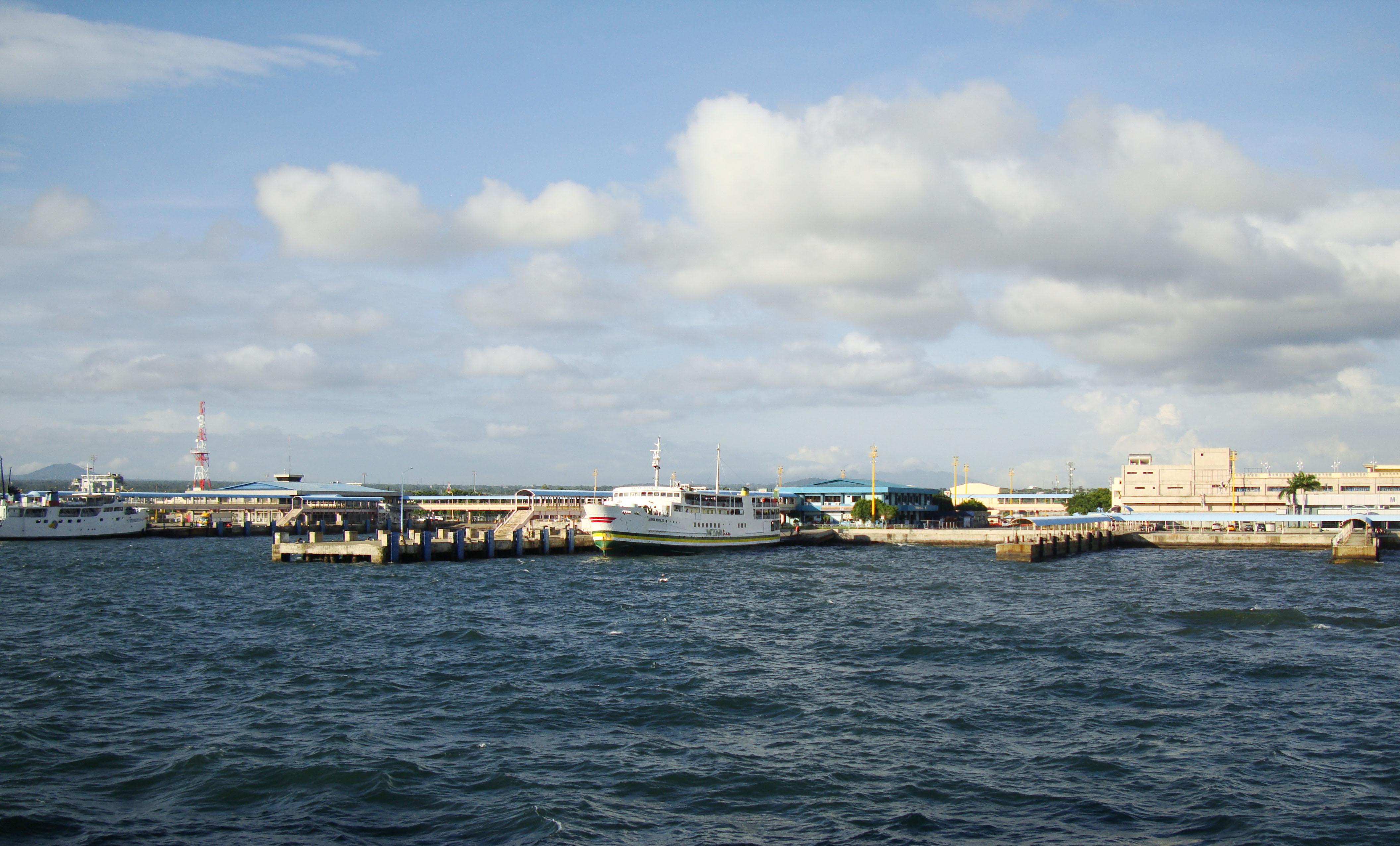 MV Maria Matilde Montenegro lines Batangus Pier Philippines 01