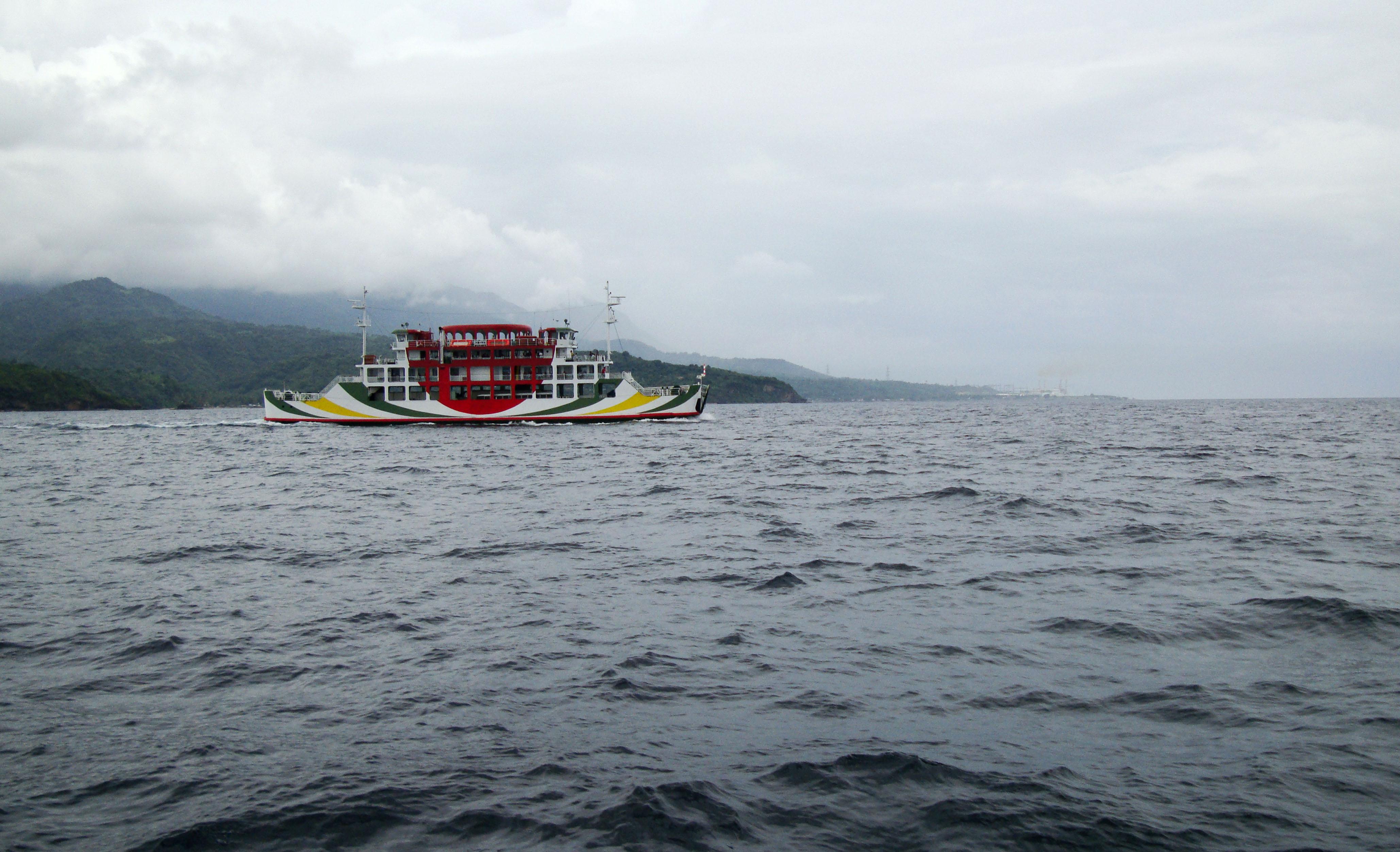 MV Reina Delas Flores Montenegro lines Batangas crossing Philippines 2010 01