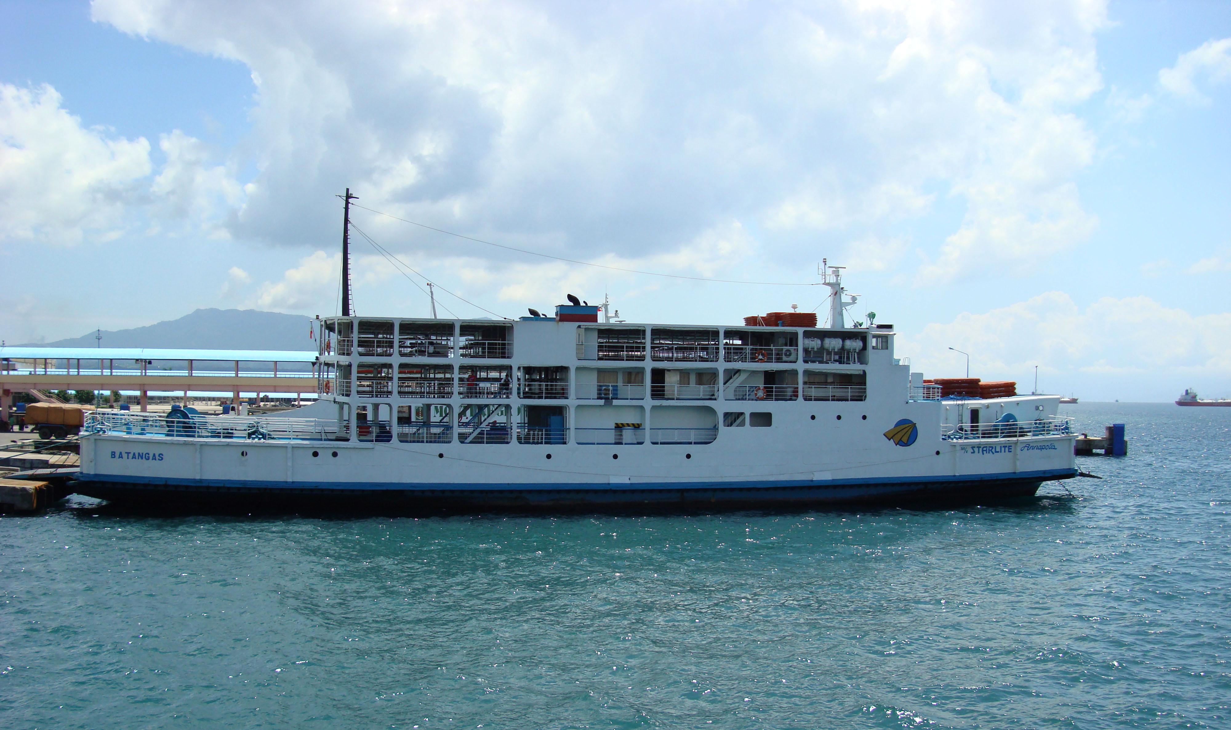 MV Starlite Annapolis Batangus Pier Philippines 01
