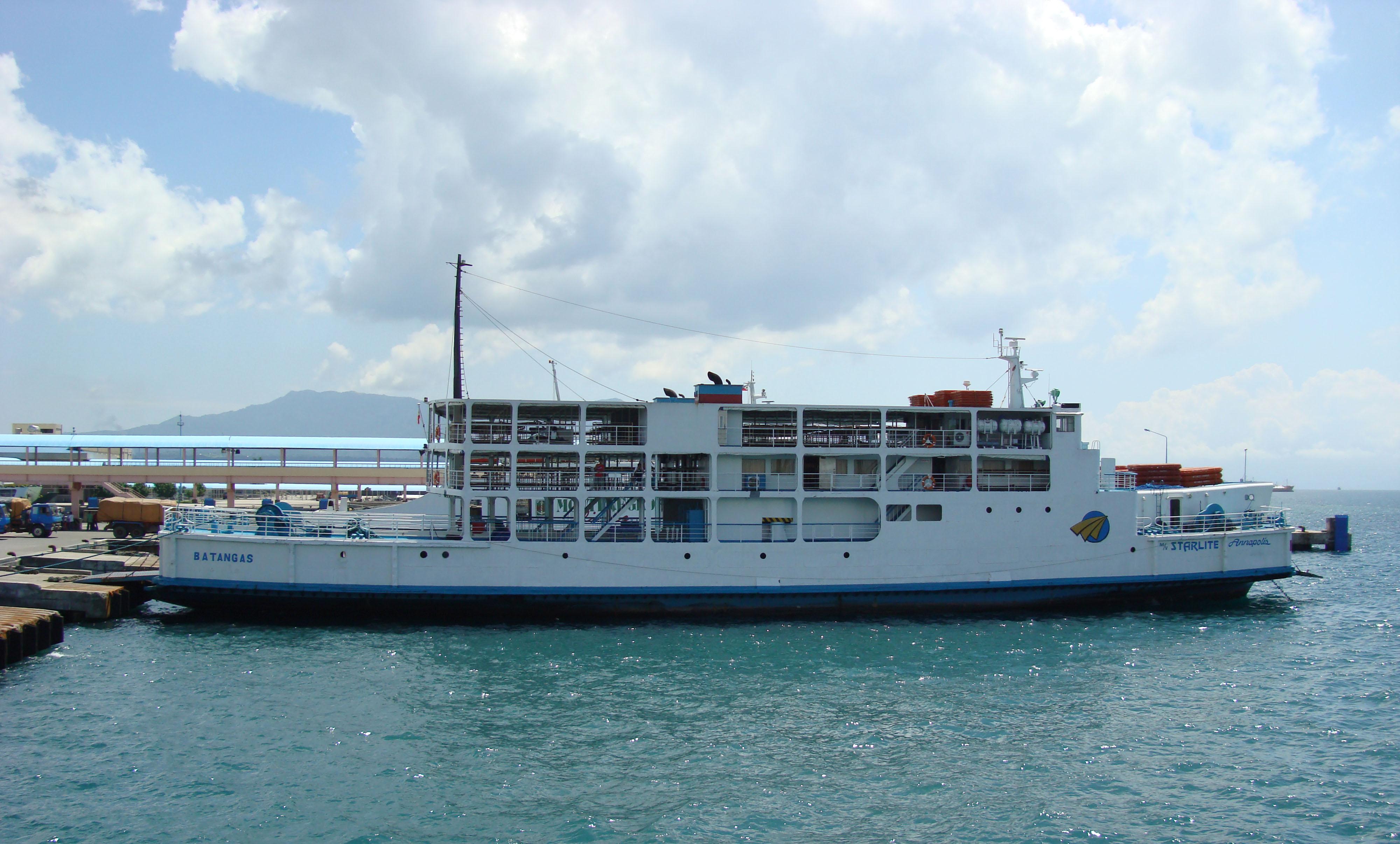 MV Starlite Annapolis Batangus Pier Philippines 02