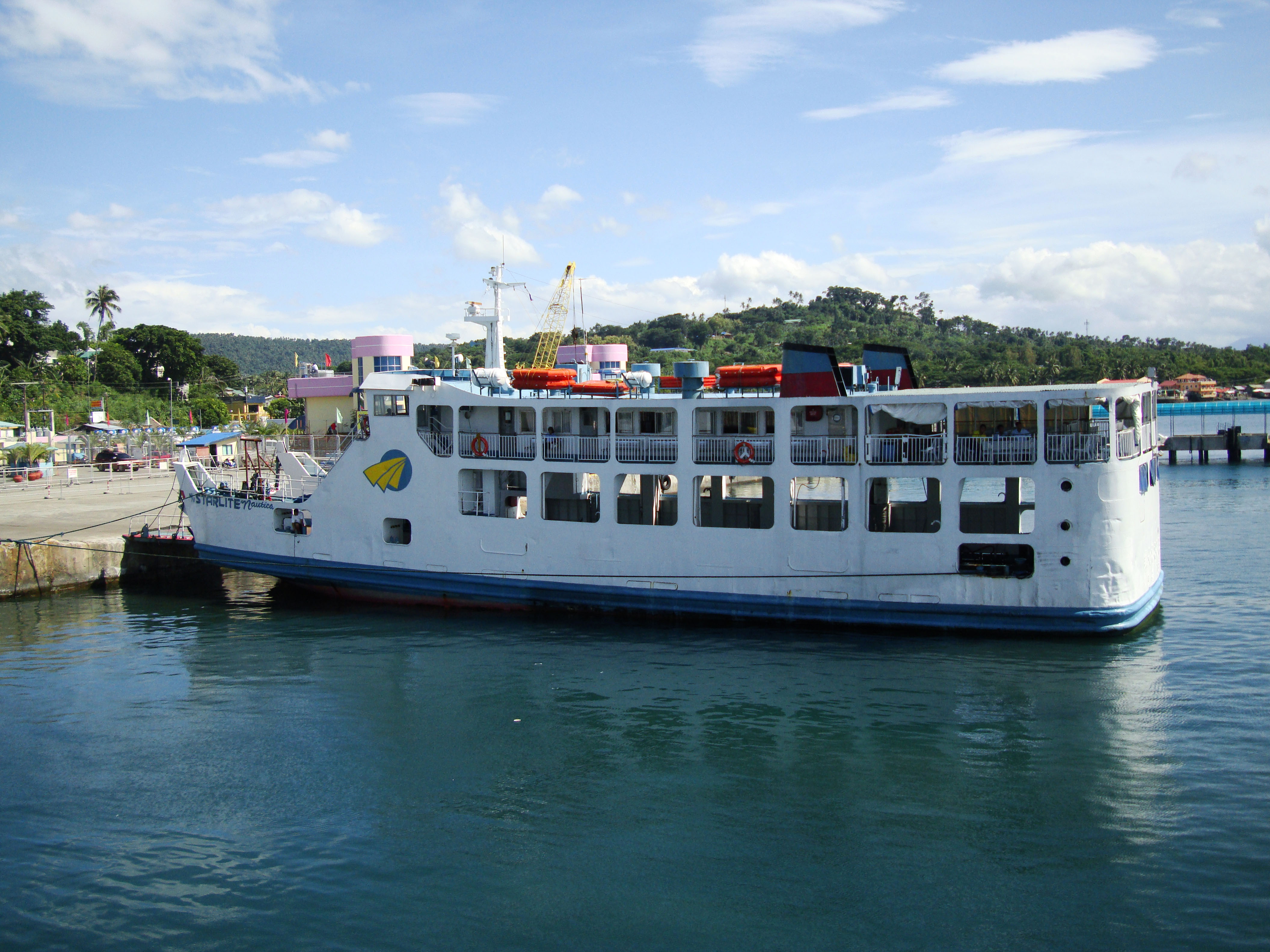 MV Starlite Nautica Calapan Pier Philippines 01