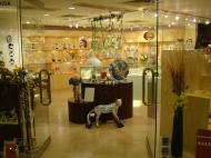 Asisbiz Shops Hong Kong 10