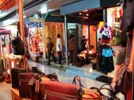 Asisbiz Shops Thailand Bangkok 04