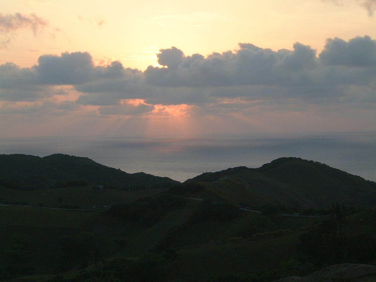 Sunrise Philippines Basco Island 01