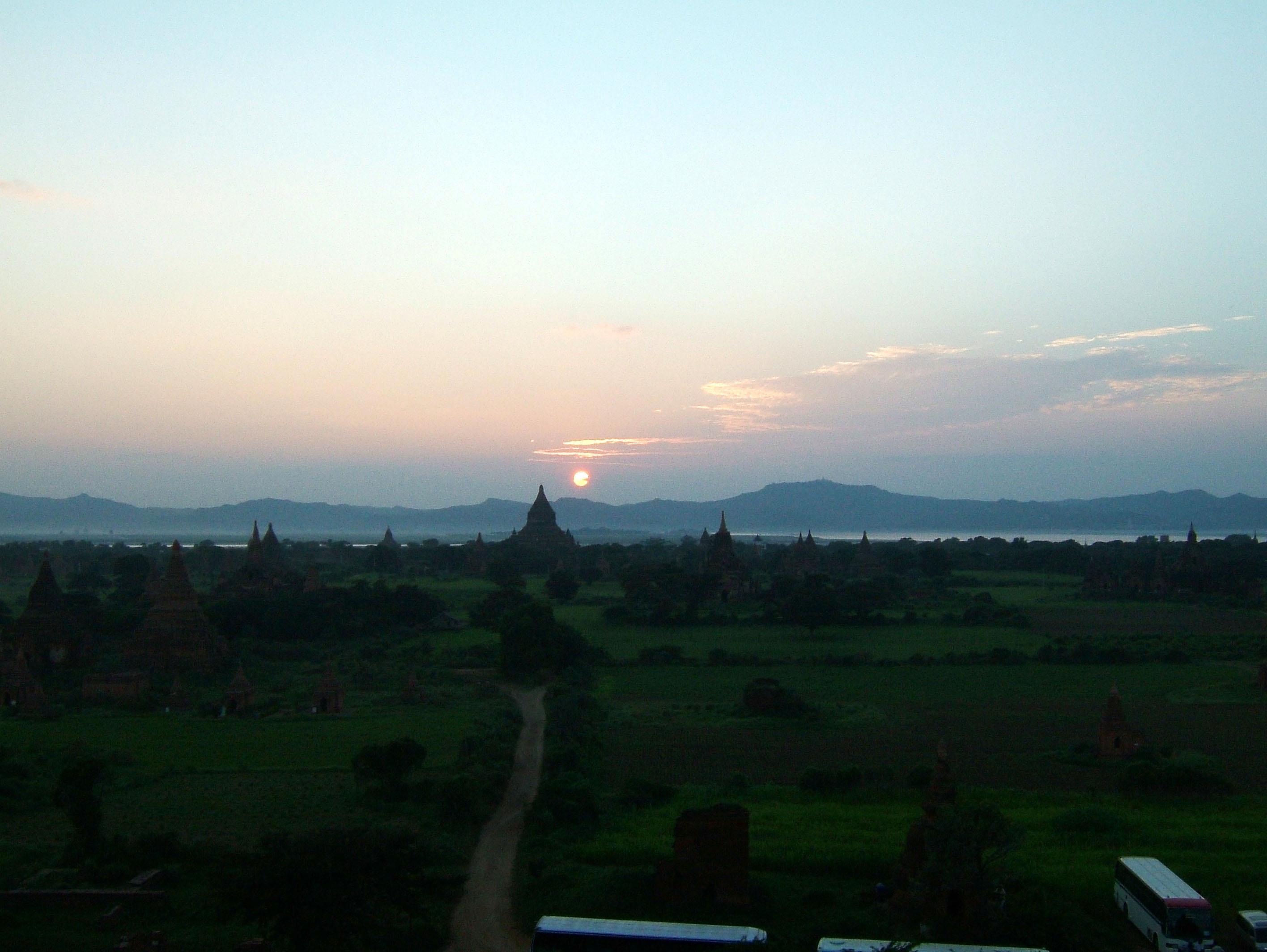 Sunset Myanmar Pagan 02