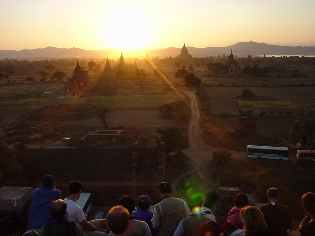 Sunset Myanmar Pagan 14