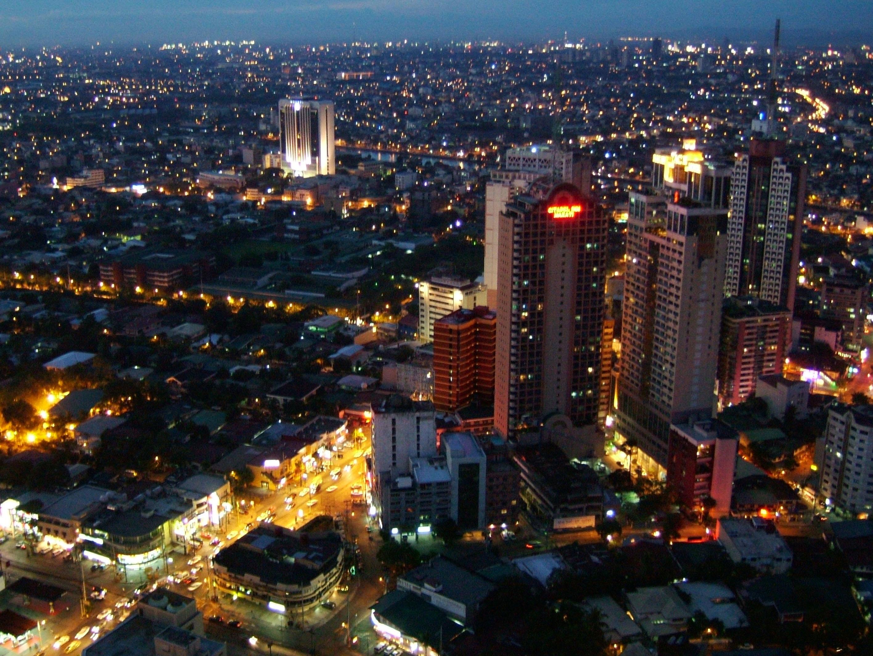 Sunset Philippines Manila Makati Roxas triangle 01